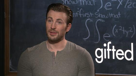 Chris Evans Wants to Be a Dad!