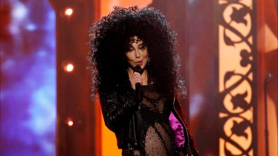 Cher Turns Back Time at 2017 Billboard Music Awards