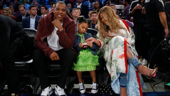 Beyonce Rocks a $22K Gucci Kimono at NBA All-Star Game