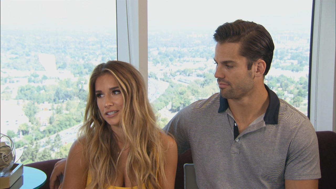 Jessie James Decker Is Pregnant See The Cutest Pics Of Her - 20 adorable like father like son moments