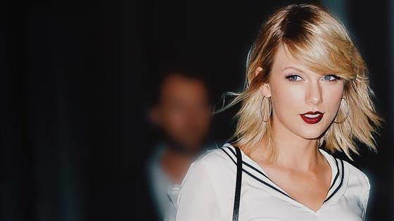 Taylor Swift's Mysterious Post Sends Internet Into a Frenzy