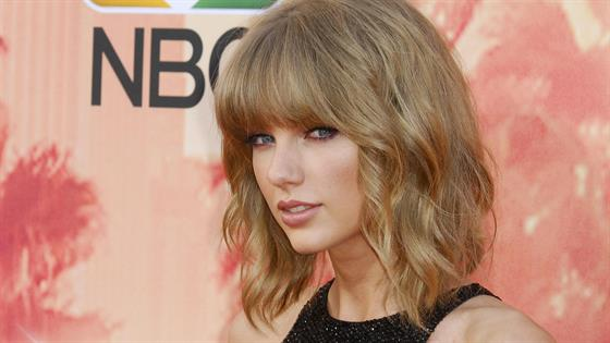 Why Taylor Swift's Lips Are Highly Sought After