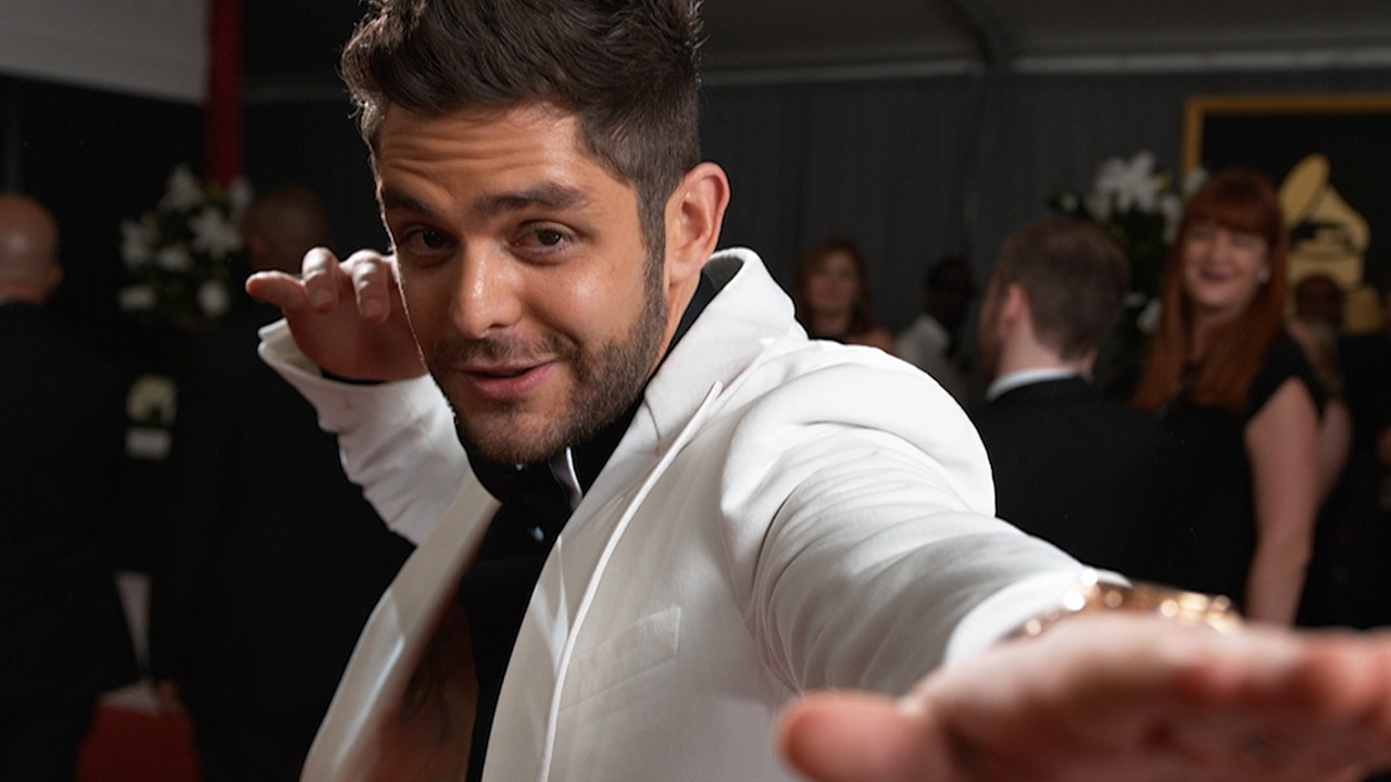 Thomas Rhett Adopting A Child From Africa—and His Wife Lauren Akins Is  Pregnant  E! News
