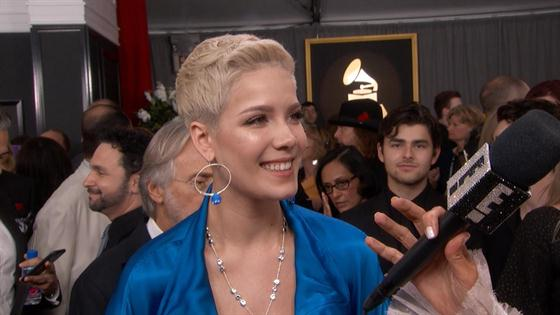 Halsey Dishes on Working With Justin Bieber