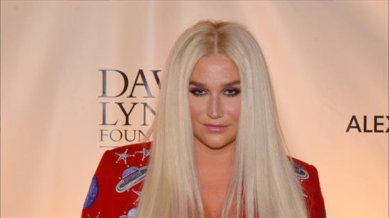 Kesha sort son premier single en 4 ans