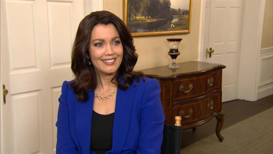 Play Video - Scandal's Bellamy Young Talks Mellie's Presidential Run
