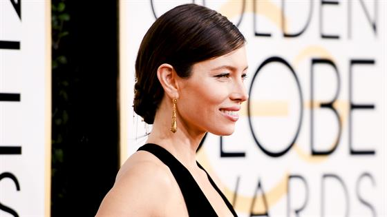 How to Get Jessica Biel's Chained Updo