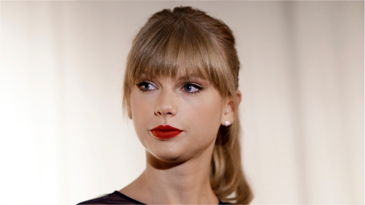 """Taylor Swift's Former Record Label Fires Back At Singer's """"False Information"""" Amid Music Drama"""