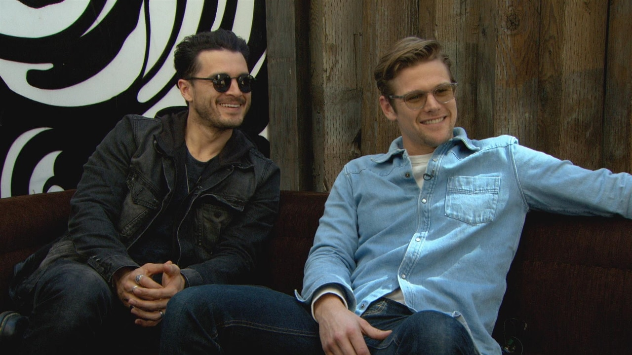 How Well Does The Vampire Diaries Cast Remember Season 1? | E! News