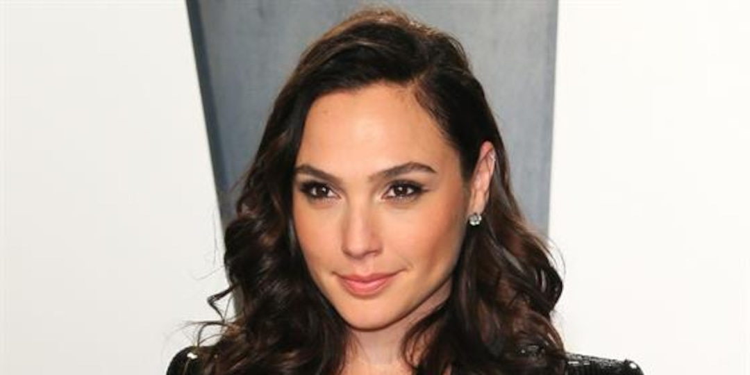 Gal Gadot Worries for Family and Friends Amid Israeli Crisis - E! Online.jpg