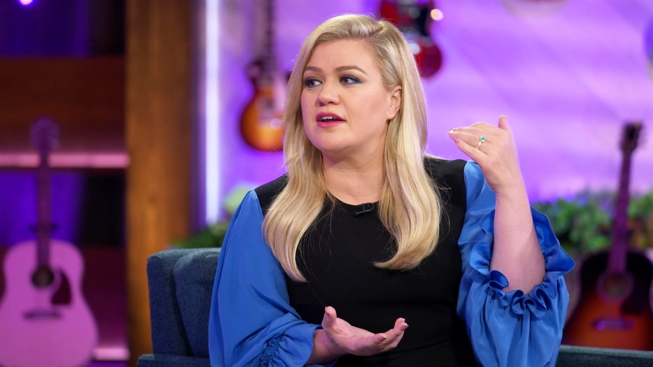 Kelly Clarkson Just Gave Fans a Big Reason to Watch Her Talk Show