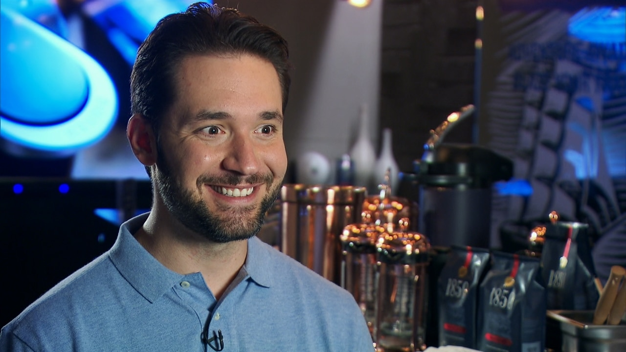 Alexis Ohanian Gushes Over Serena Williams Loveable