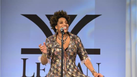 Macy Gray Calls for Redesign of U.S. Flag in Juneteenth Essay - E! Online