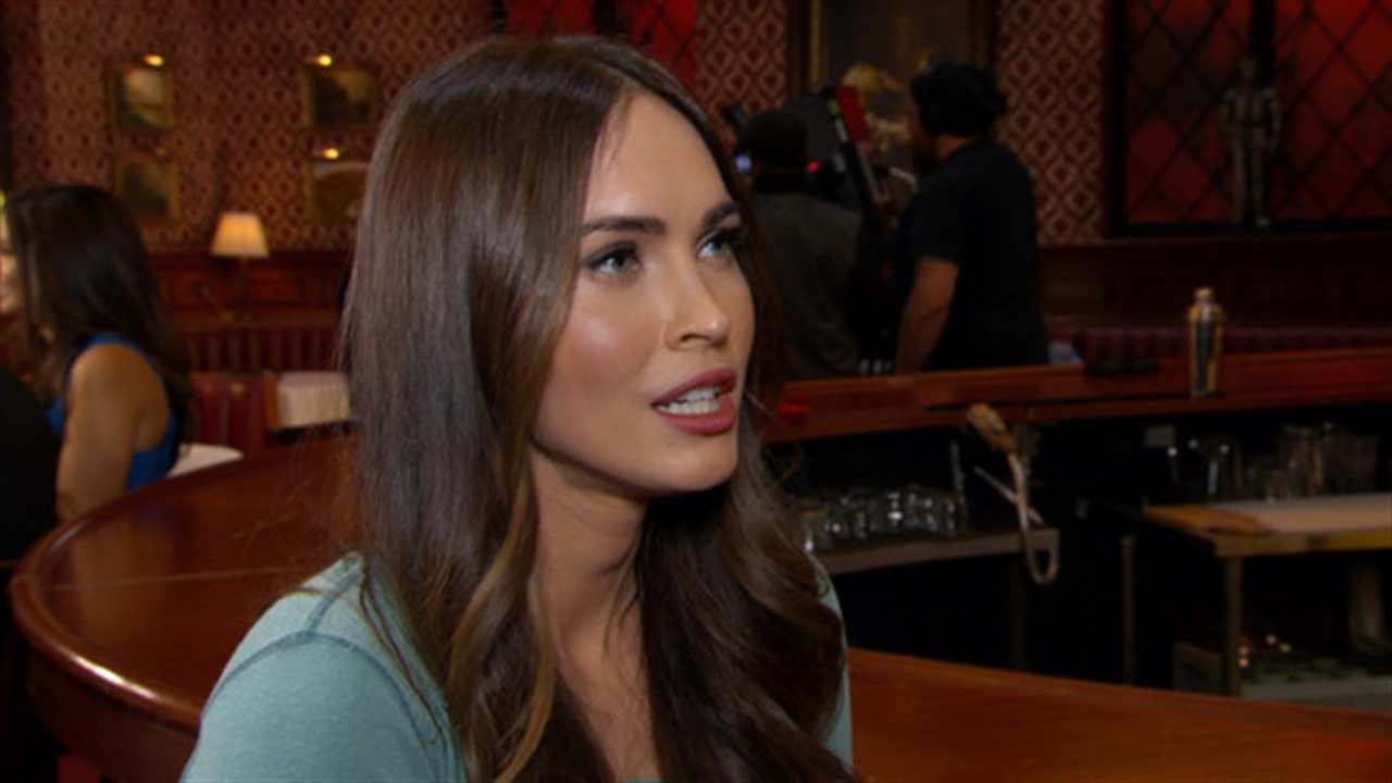 Whoa, Megan Fox and Hannah Simone Filmed a Naked Shower Scene Together for  New Girl | E! News