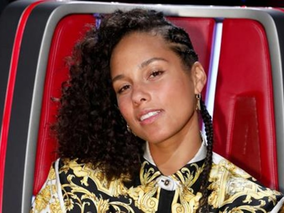 5 Surprising Things About 2019 Grammys' Host Alicia Keys