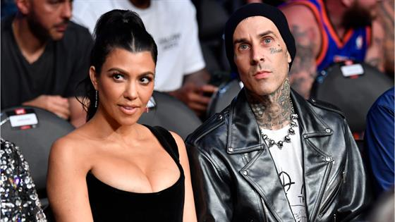 See Kourtney Kardashian's Risque Pic With BF Travis Barker - E! Online