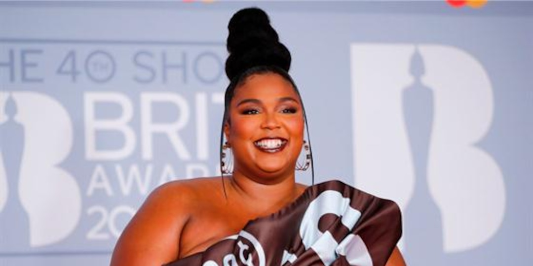 Chris Evans Reacts to Lizzo Jokingly Pregnant With His Baby - E! Online.jpg