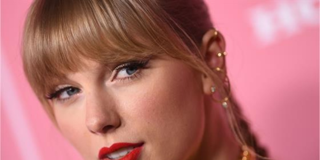 """Taylor Swift's Puzzling """"Red"""" Video Has Fans Buzzing - E! Online.jpg"""