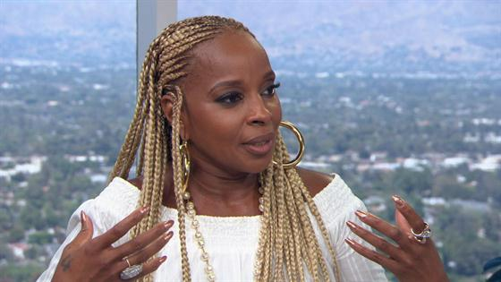 Mary J  Blige & Simone I  Smith on New Jewelry Line, Sister Love
