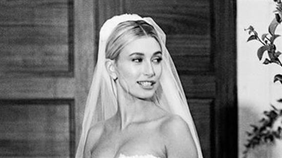 La robe de mariée de Hailey Bieber