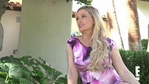 Holly Madison News Pictures And Videos Page 2 E Online Ca