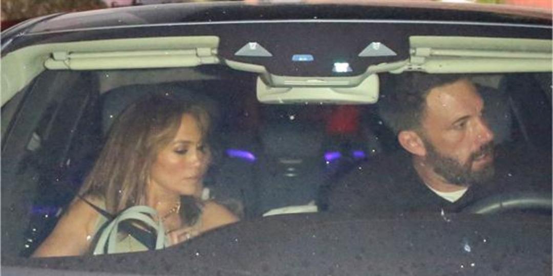 Inside Ben Affleck & Jennifer Lopez's Family Dinner Date - E! Online.jpg