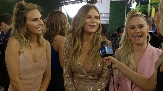 So Did Ladygangs Becca Tobin End Up Streaking At The 2018 Peoples Choice Awards  E -9300