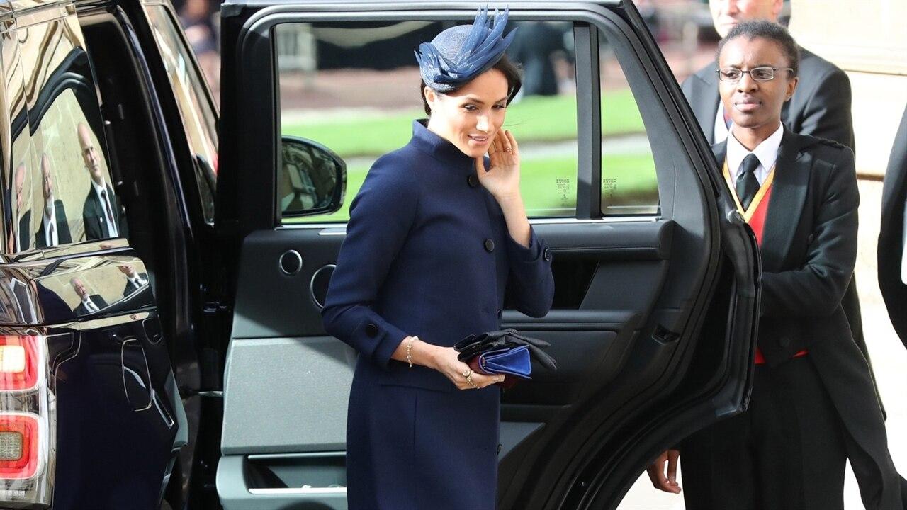 How Meghan Markle Hid Her Royal Baby Bump   E! News