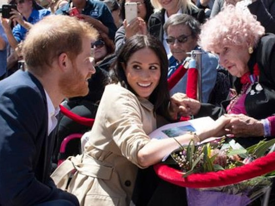 See Meghan Markle Meet 98-Year-Old Aussie Fan