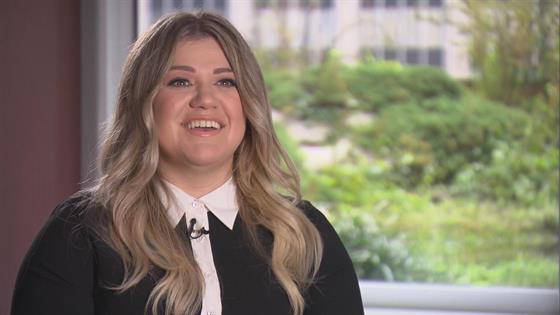 Kelly Clarkson Kids 2016