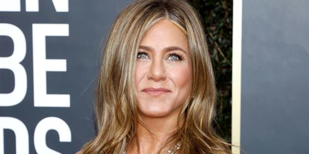 Would You Trust Jennifer Aniston to Be Your Doctor? - E! Online.jpg