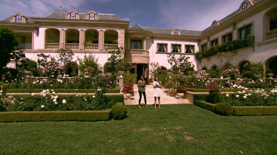 The Most Luxurious Features Of House In Hollywood Inside This 85 Million Mansion