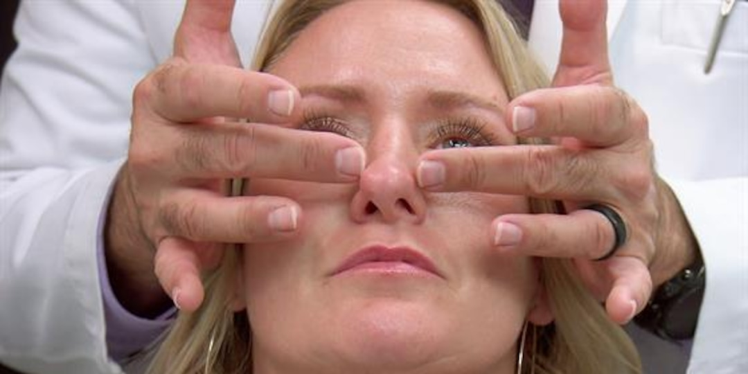 Woman's Nose Bones Are Straight--But Cartilage Is Crooked - E! Online.jpg