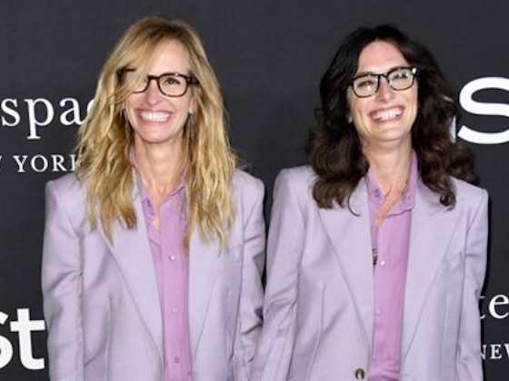 Julia Roberts Twins With Her Stylist at InStyle Awards
