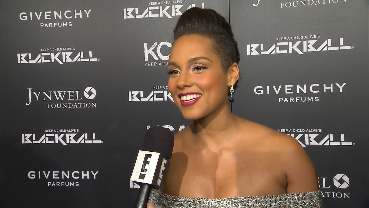 Alicia Keys is pregnant and preparing for the wedding 05/29/2010 22