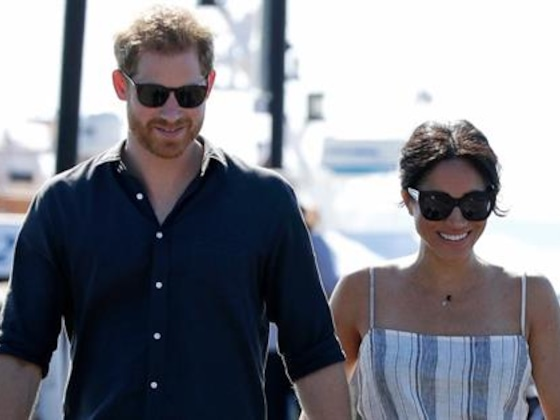 Meghan Markle Sports Minor Injury as She Cradles Her Baby Bump
