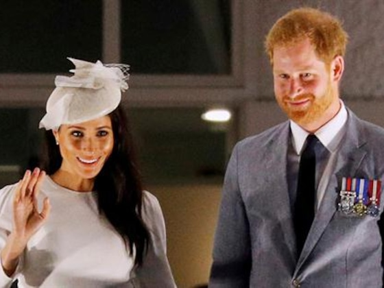 Meghan Markle & Prince Harry Recreate Queen Elizabeth II Photo