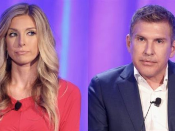 Lindsie Chrisley Slams Vile Remarks About Dad Todd's Coronavirus
