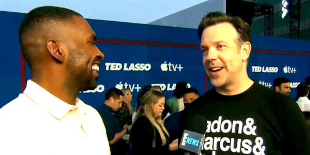 Why Jason Sudeikis Doesn't Think He's the Most Famous Jason - E! Online.jpg