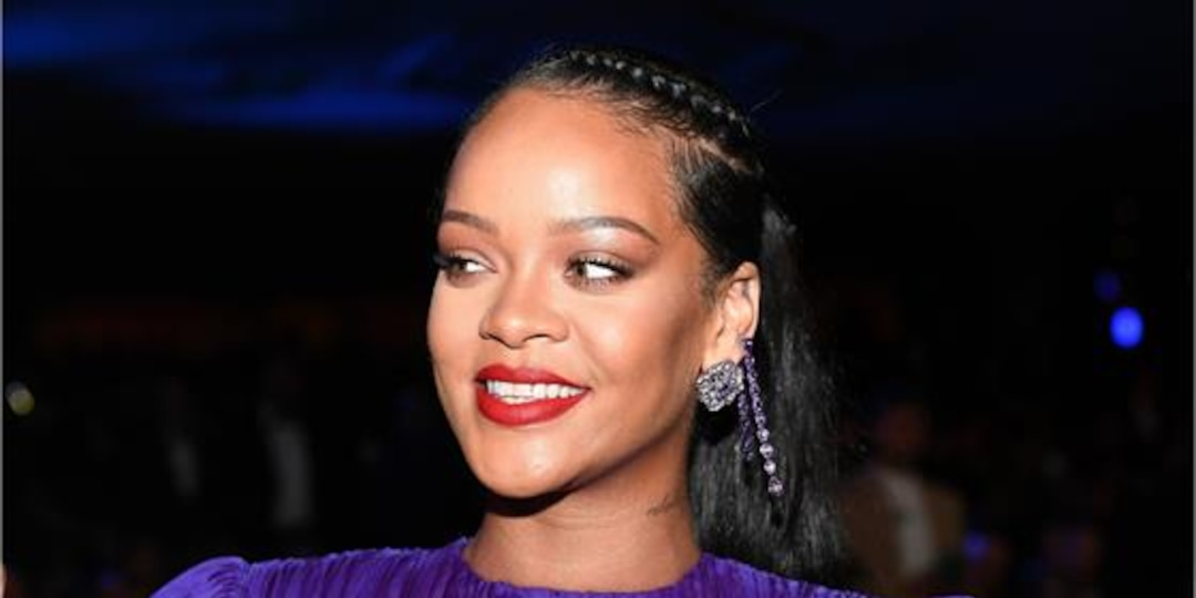 Rihanna's BUTT-BARING Savage X Fenty Leggings Has Internet Divided - E! Online.jpg