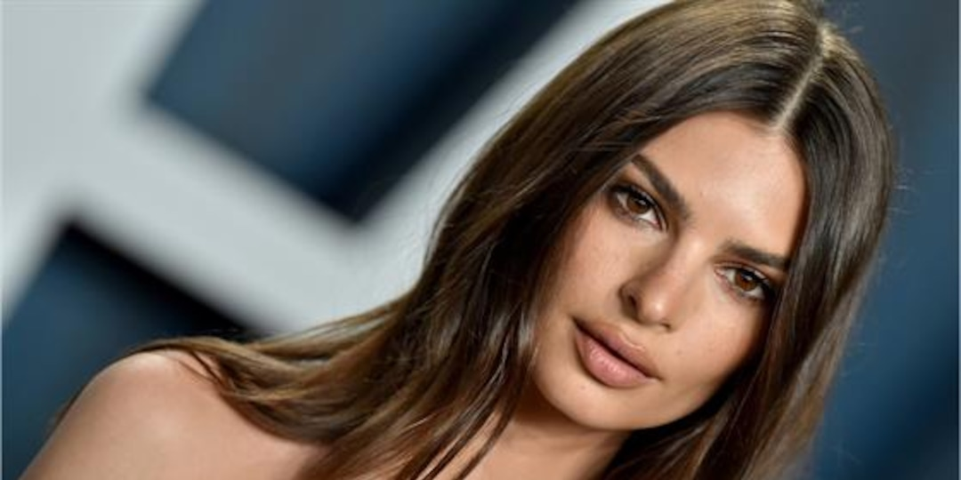 """Why Emily Ratajkowski Is Calling Out Judd Apatow's """"This is 40"""" - E! Online.jpg"""