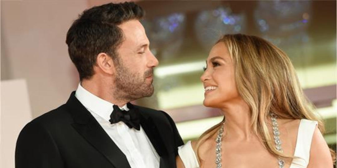 "Jennifer Lopez Reflects on ""Magical"" Venice Trip With Ben Affleck - E! Online.jpg"