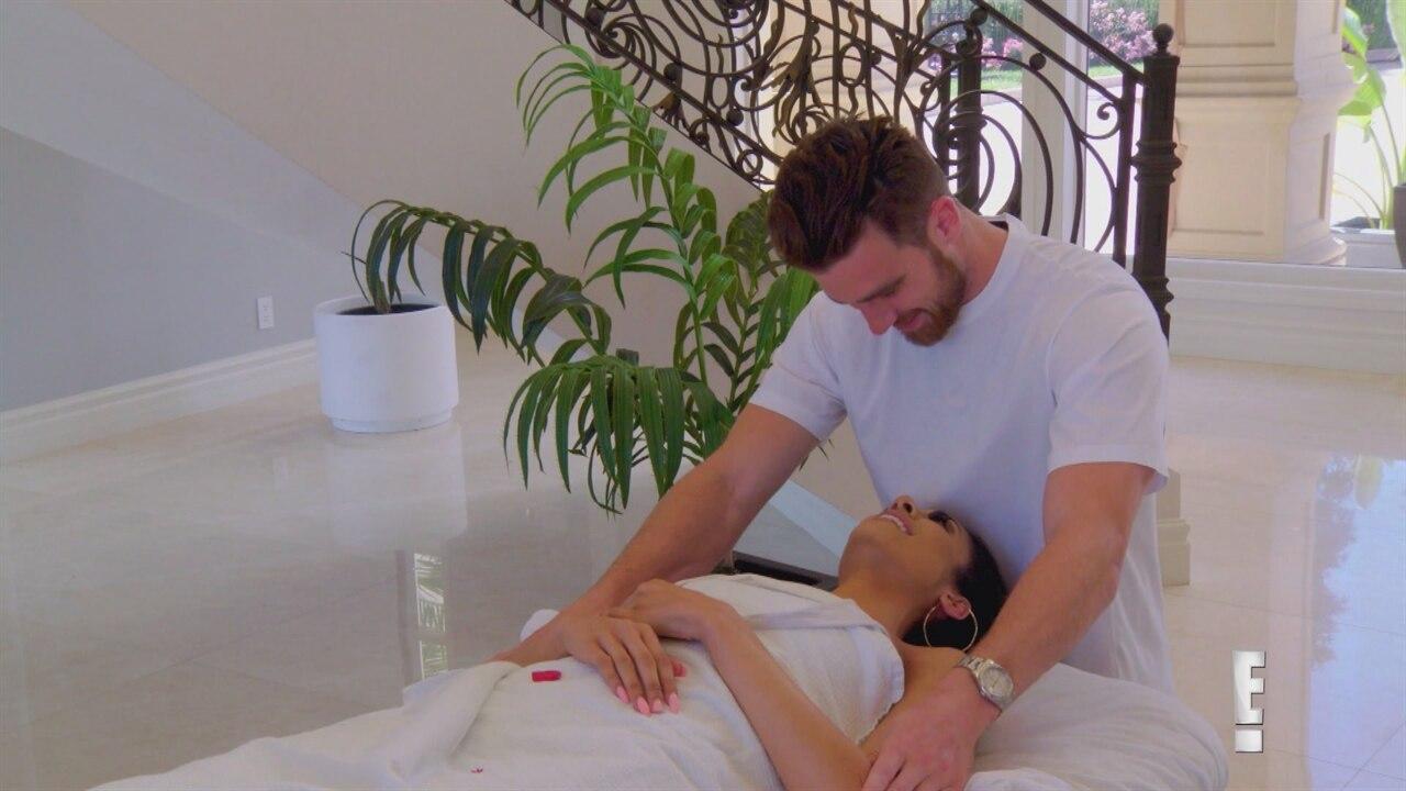 hot Massage handjob into turns