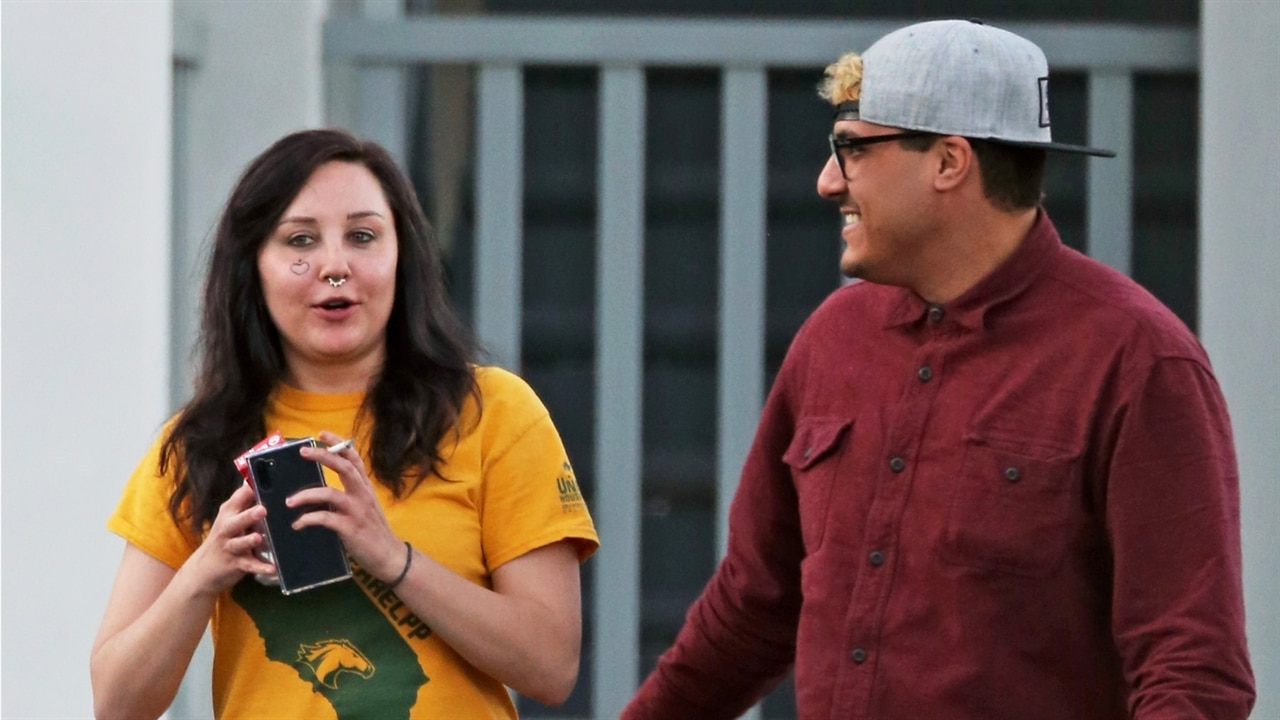 Amanda Bynes & Her Fiance Pack on the PDA in L.A.