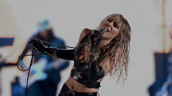 Miley Cyrus se