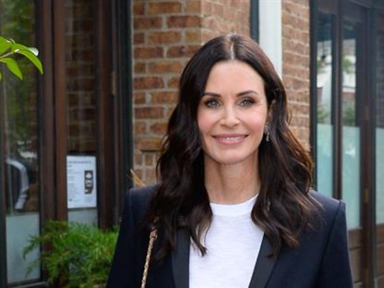 Courteney Cox Revisits Her Iconic