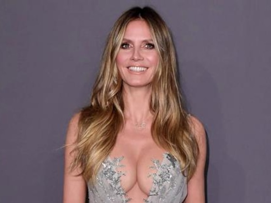 Heidi Klum Poses Topless in Steamy Photos From Hong Kong