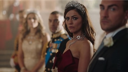 """The Royals"" Alexandra Park's Season 4, Episode 10 Favorite Look"