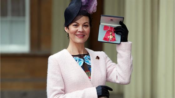 """Harry Potter's"" Helen McCrory Dead at 52 After Cancer Battle - E! Online"