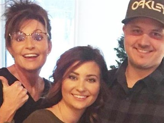 Sarah Palin's Daughter Willow Gives Birth to Twins